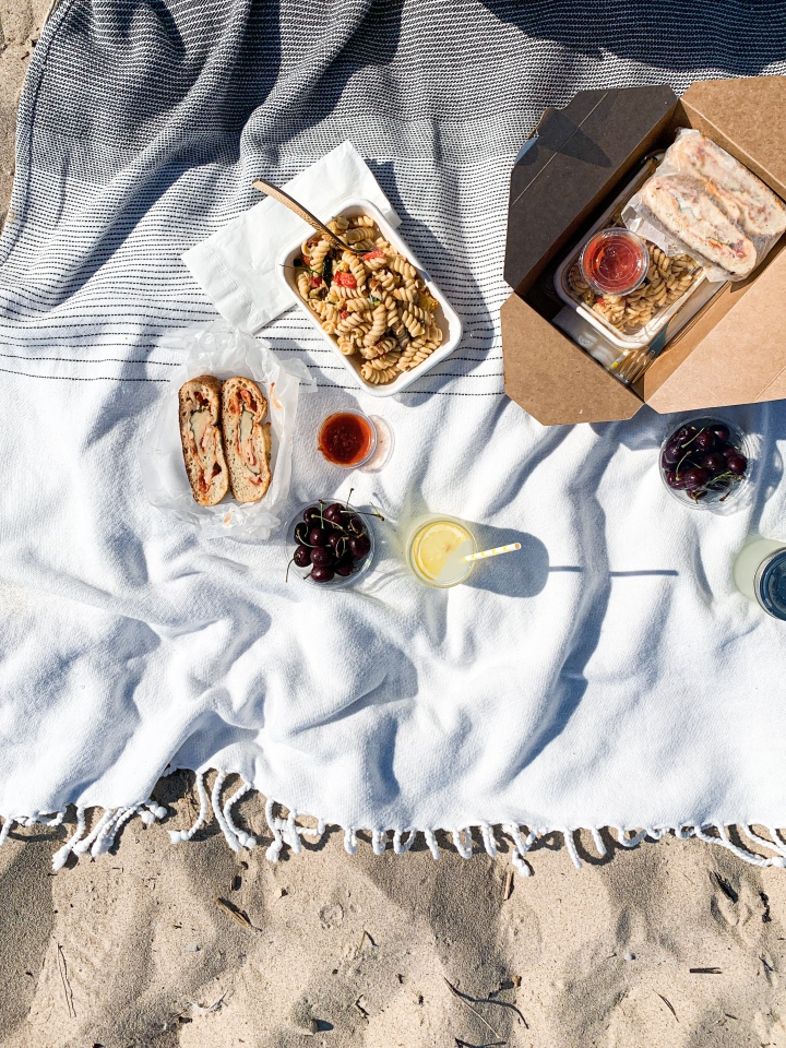 Beach Boxed Lunches